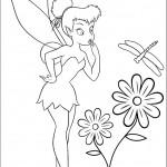 דף צביעה טינקרבל מביטה בפרפר ופרח