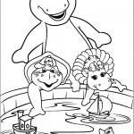 דף צביעה ברני וחברים משחקים בגיגית