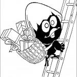 קלימרו מטפס על סולם שעל גבו סלסילת מתנות