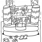 ילדים קופצים ונהנים במתנפחים