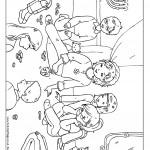 ילדים משחקים בסביבונים בחנוכה